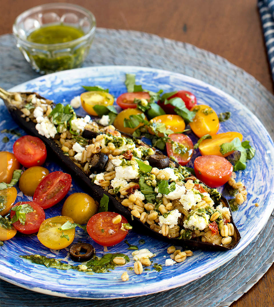 Stuffed aubergine with pesto drizzle